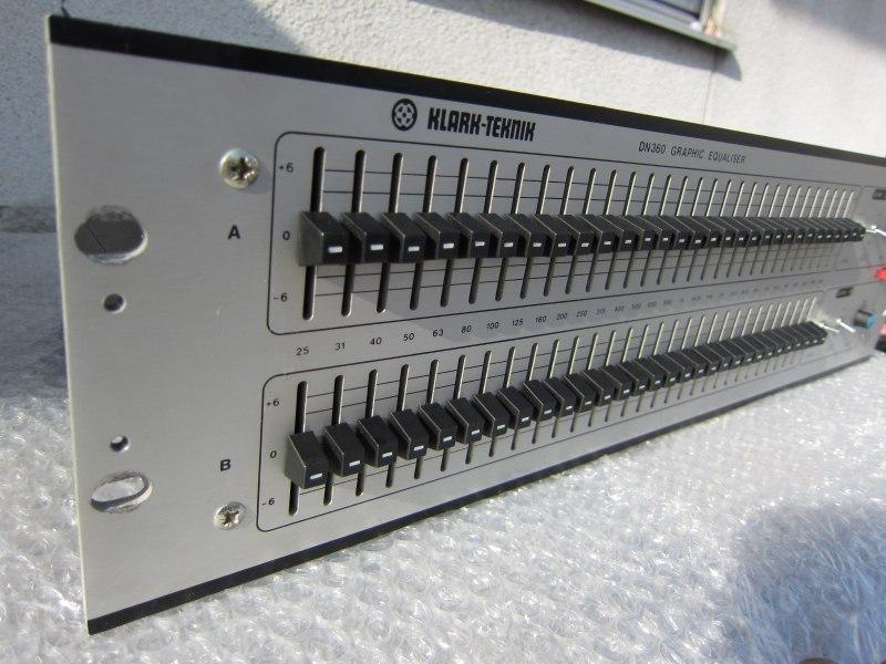 PA、レコーディングでの定番EQ、KLARK-TEKNIK DN360 中古良品が入荷しました。