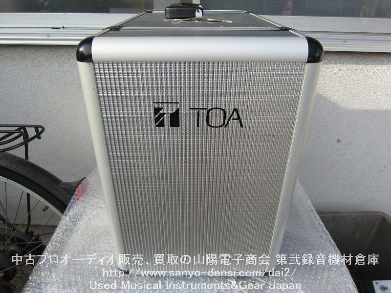 TOA KZ-30D 移動用ポータブルアンプ PAアンプ 運動会や選挙、講演などに最適。小型軽量なので持ち運びもらくらく。800MHz帯ワイヤレスチューナー(WTU-1820)2基装備。